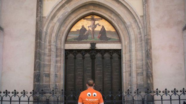 La iglesia de Todos los Santos en Wittenberg, Alemania, donde Martín Lutero pegó sus 95 Tesis