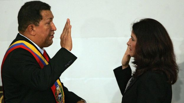 Hugo Chávez y Cilia Flores.