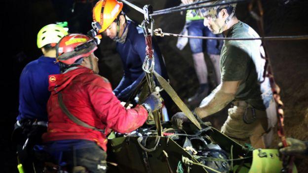 Operativo de rescate en la cueva de Tailandia