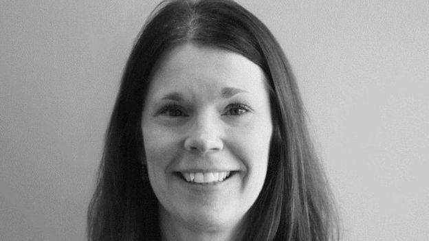 Primer plano de la psicóloga Jenny Straumers