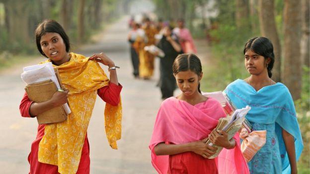 শিক্ষা এবং স্বাস্থ্য খাতে বাংলাদেশ পাকিস্তানের তুলনায় অনেকদূর এগিয়ে গেছে