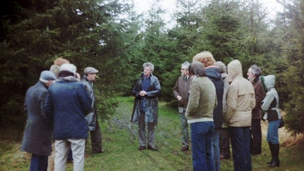 Robert Taylor gives a talk to members of the British UFO Society in Dechmont Woods