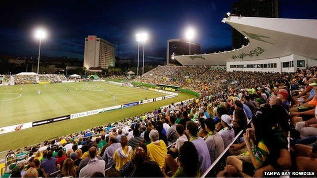 Tampa Bay Rowdies fans watch game