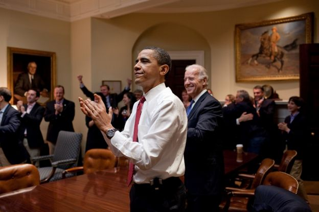 Obama aplaude la aprobación de la reforma sanitaria.