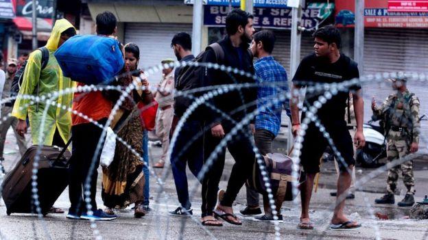 காஷ்மீர் பிரச்சனையில் இந்தியாவுக்கு எதிராக பாகிஸ்தான்