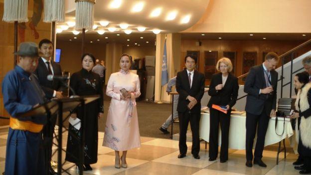 2019年内蒙古企业家在纽约联合国总部举行宣传蒙古传统语言文字活动