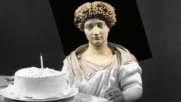 ماتت يوليا الكبيرة، وهي من نبلاء روما المعروفين، عام 14 ميلادية عن عمر ناهز 54 عاما
