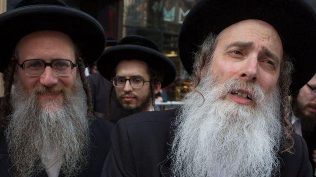 Judíos ultraortodoxos jasídicos