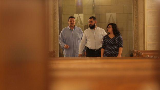 حسام وماريان يقدمان المشورة للأسر المسيحية ويقولان إن زوجات كثيرات يشكين من الشعور بالخيانة جراء إدمان الزوج مشاهدة الإباحية