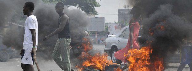 Protest in Abidjan, 16, December 2010