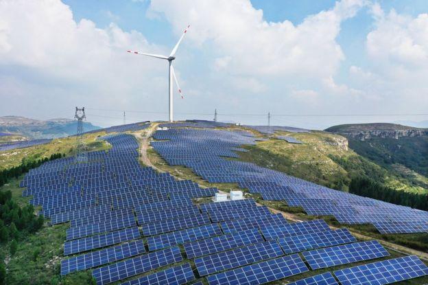 Hybrid wind-solar plant at Zaozhuang, China
