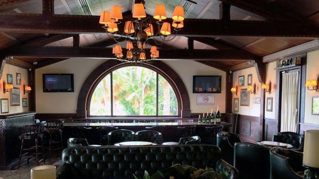 Foto interna del bar el Pingüino.