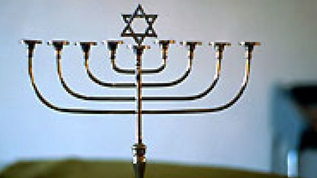 تعرف على تاريخ طرد أوروبا لليهود ومن أول من قام بذلك منهم ؟ _108554912_manarah.p