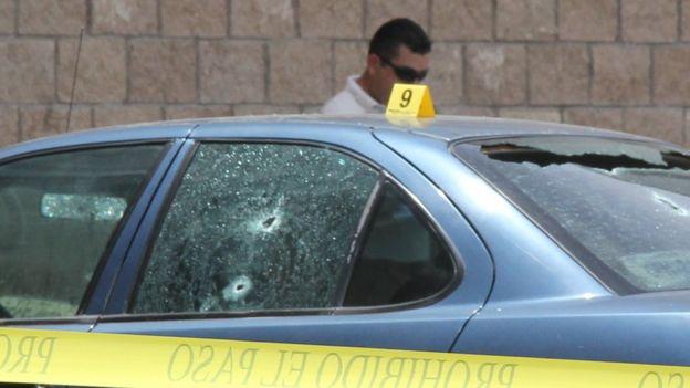 Vehículo en el que mataron al periodista mexicano