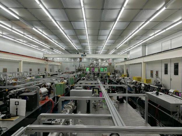 上海超強超短激光實驗裝置大廳