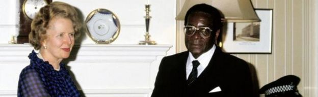 British Prime Minister Margaret Thatcher shakes (Shaking) hands with Zimbabwean President Robert Mugabe, at Number Ten Downing Street in 1984,