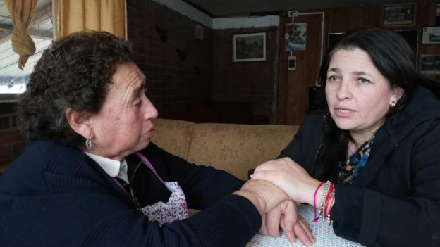 Jeanette Velásquez (right) the founder of Children and Mothers of Silence, is helping Sara Jineo find her missing child