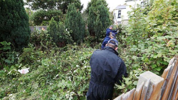 La policía registra una propiedad en Thornton Heath, en el sur de Londres.