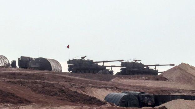 Türkiye-Suriye sınırındaki Türk zırhlıları