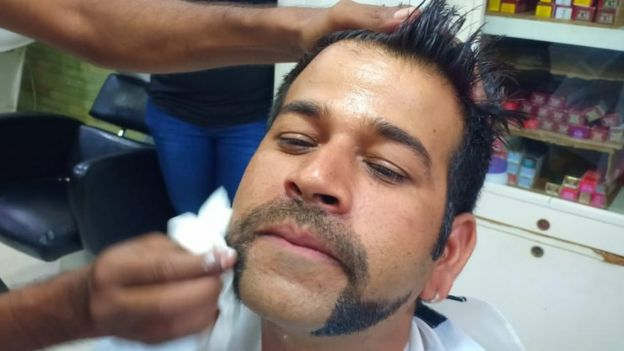 Abhinandan Indians Emulate Pilot S Hero Moustache Bbc News