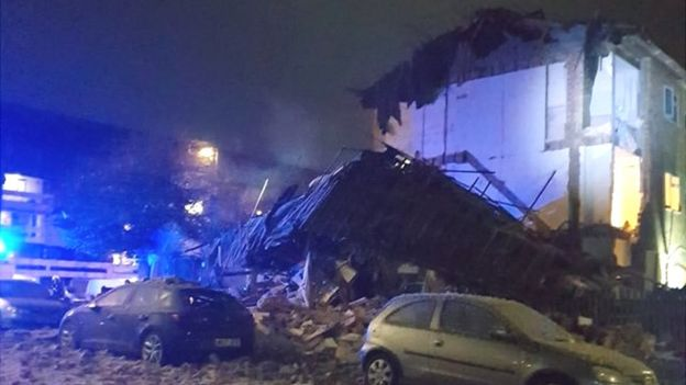 d1d43e8eb5 Andover house explosion  Residents return to homes - BBC News