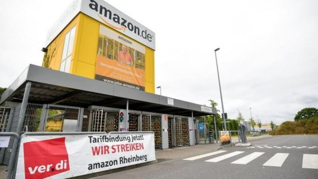 Amazon workers launch protests on Prime Day - BBC News