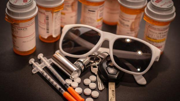 Medicamentos y gafas de sol