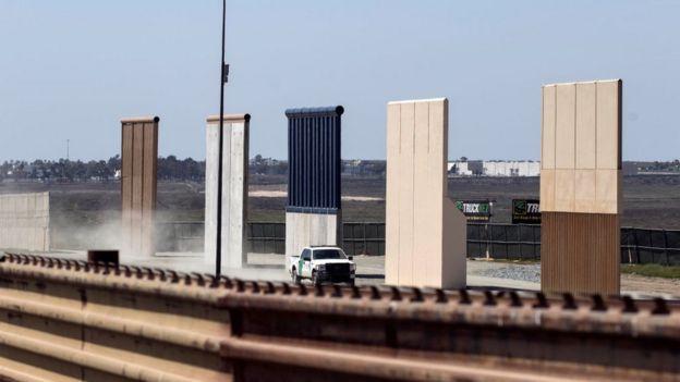 Prototipos de muro fronterizo en Estados Unidos.