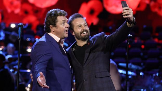 Michael Ball and Alfie Boe: 'We travel on separate buses now' - BBC News