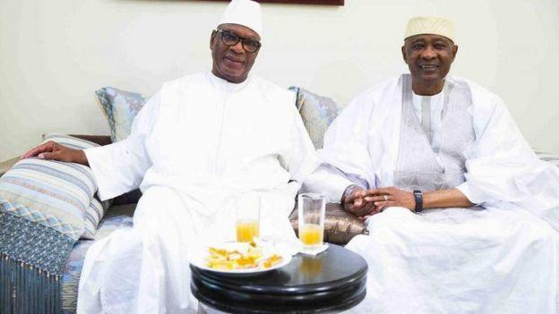 ATT a été accueilli par son ancien rival à son retour de Dakar après plusieurs années d'exil