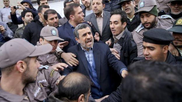 محمود احمدینژاد مقابل دادگاه تجدید نظر حمید بقایی