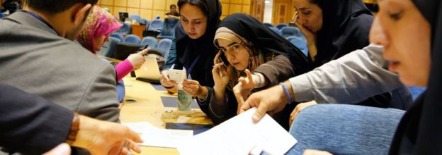 Iran Elections Reformists Make Gains In Assembly Of Experts Bbc News