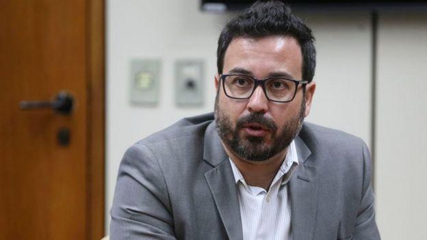 O membro do Mecanismo Nacional de Prevenção e Combate à Tortura (MNPCT), Lúcio Costa, durante lançamento do Relatório da Inspeção Nacional em Comunidades Terapêuticas