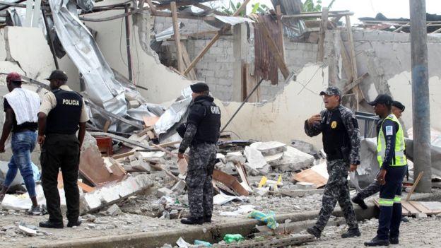 Ruinas por el atentado de San Lorenzo