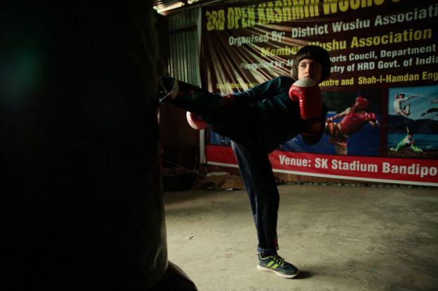 Asian girls kickboxing agree