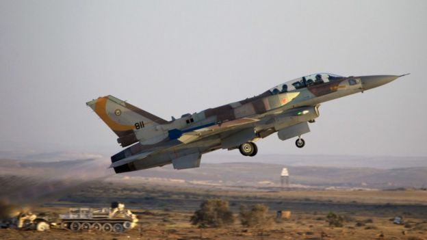 An Israeli F-16 fighter jet, photographed in 2011