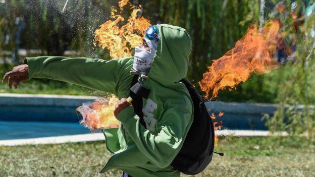Las protestas violentas son uno de los indicadores valorados en el Índice de Paz Global.