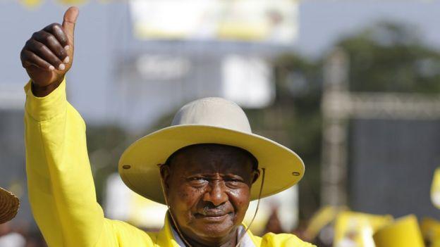 Uganda's Bobi Wine crisis: The president and the pop star - BBC News