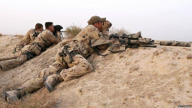 Askarta wax shiishta ee Kanada ayaa sawirkan laga qaaday 2006dii iyaga oo ku sugan Afghanistan