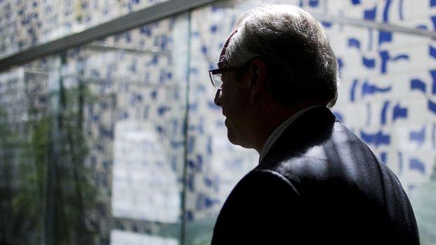 Eduardo Cunha após entrevista coletiva na Câmara em abril de 2016