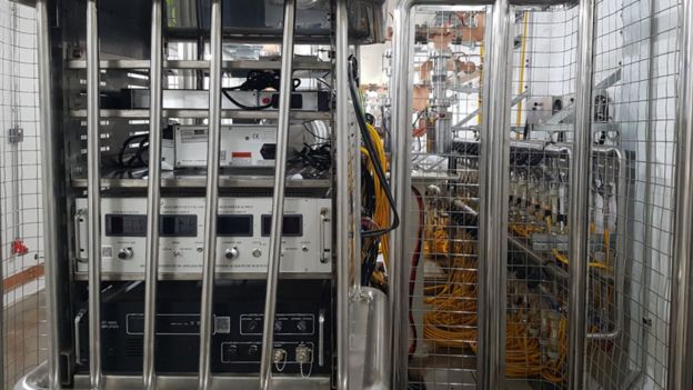 Máquina que geram os elétrons do Sirius