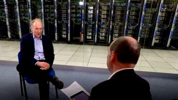 Tim Berners-Lee durante entrevista