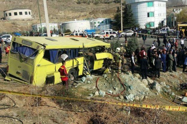 استاندار تهران مسیری که اتوبوس در آن واژگون شده را