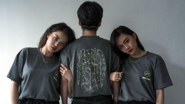 Models wearing Yeti Out clothing
