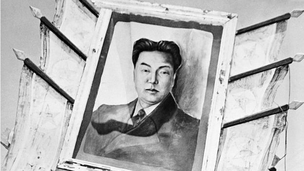 Un retrato de Kim Il-sung durante la guerra