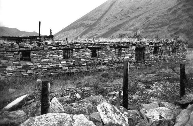 Развалины лагеря Бутугычаг на Колыме