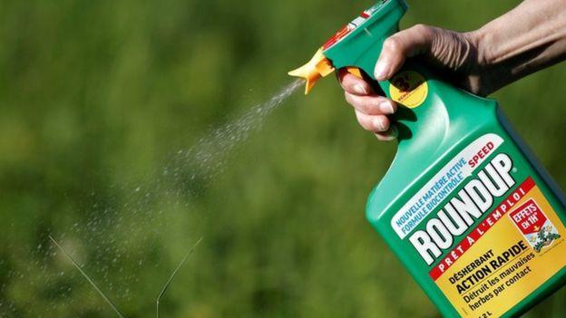 O herbicida da Monsanto sendo usado na França