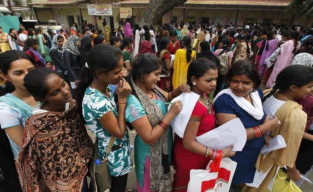 India election 2019: Narendra Modi votes in Ahmedabad - BBC News
