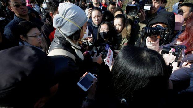 中国媒体争相跟进事件