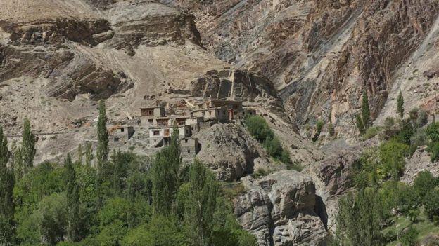 Ladakh'taki Dha-Hanu Vadisi